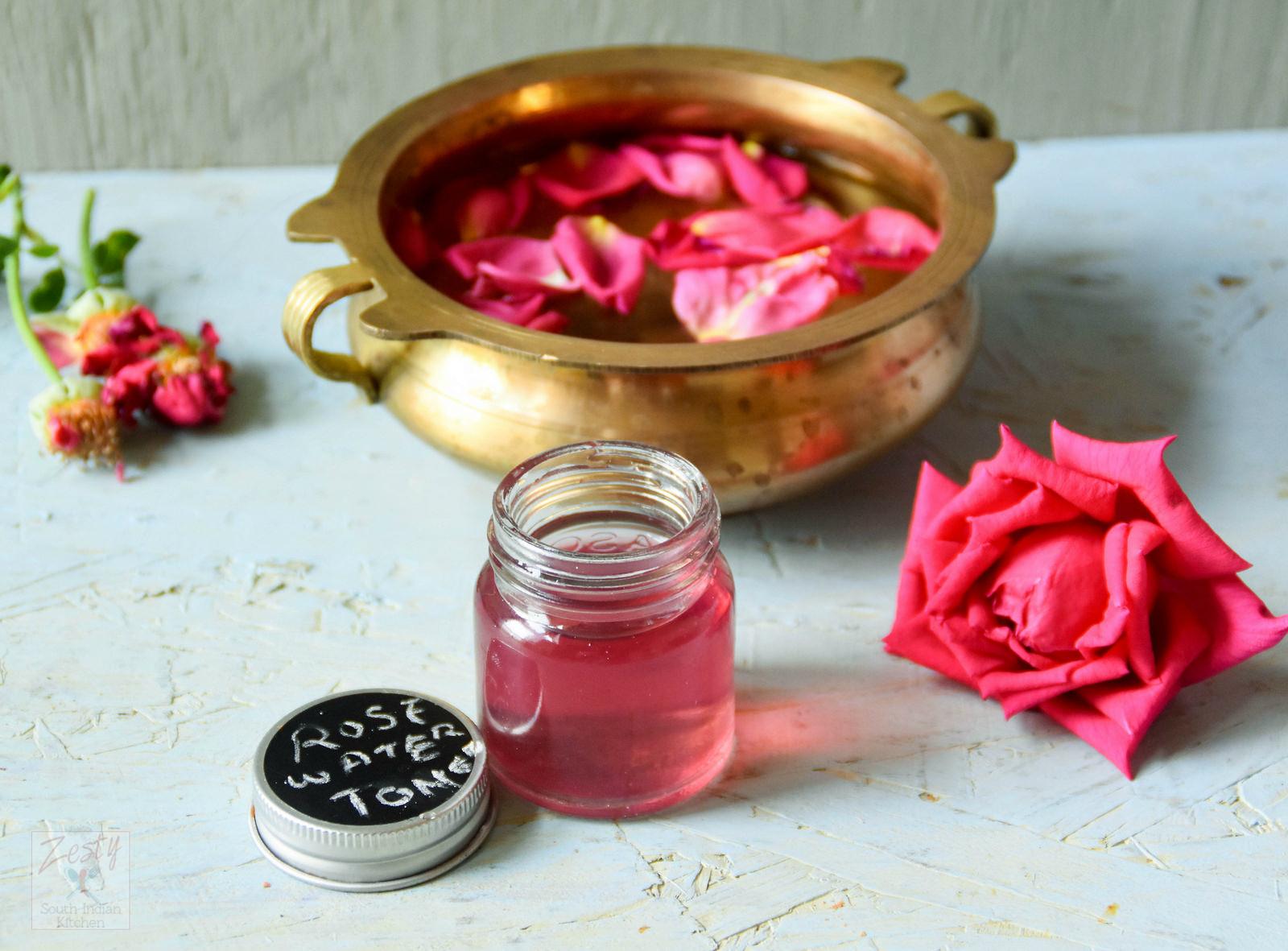 Nước hoa hồng tự làm se khít lỗ chân lông an toàn hiệu quả