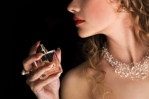 Những nước hoa quyến rũ cho nữ giới mà bạn nên biết